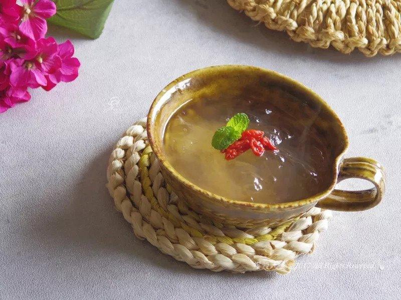 古早味糖水「太白粉甜湯」,3分鐘就能完成的Q彈美味